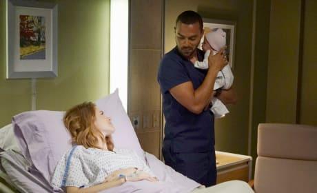 All Smiles - Grey's Anatomy Season 13 Episode 1