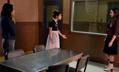 Waiting On The Devil - Pretty Little Liars Season 5 Episode 21