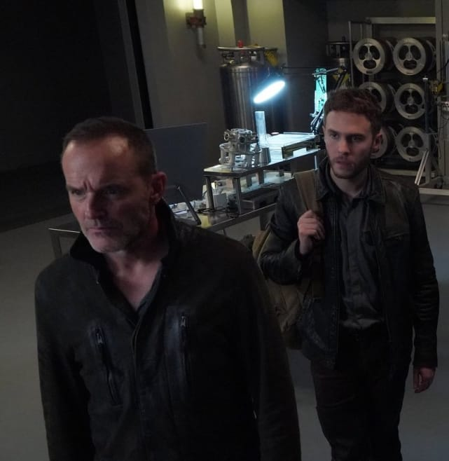Coulson Exits While Fitz Defrosts? - Agents of S.H.I.E.L.D.