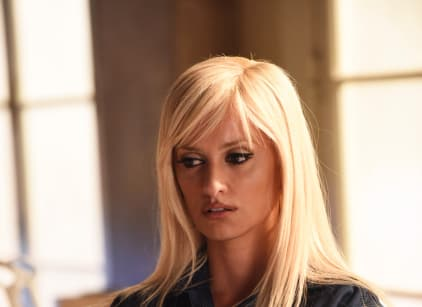 Watch American Crime Story: Versace Season 1 Episode 7 Online