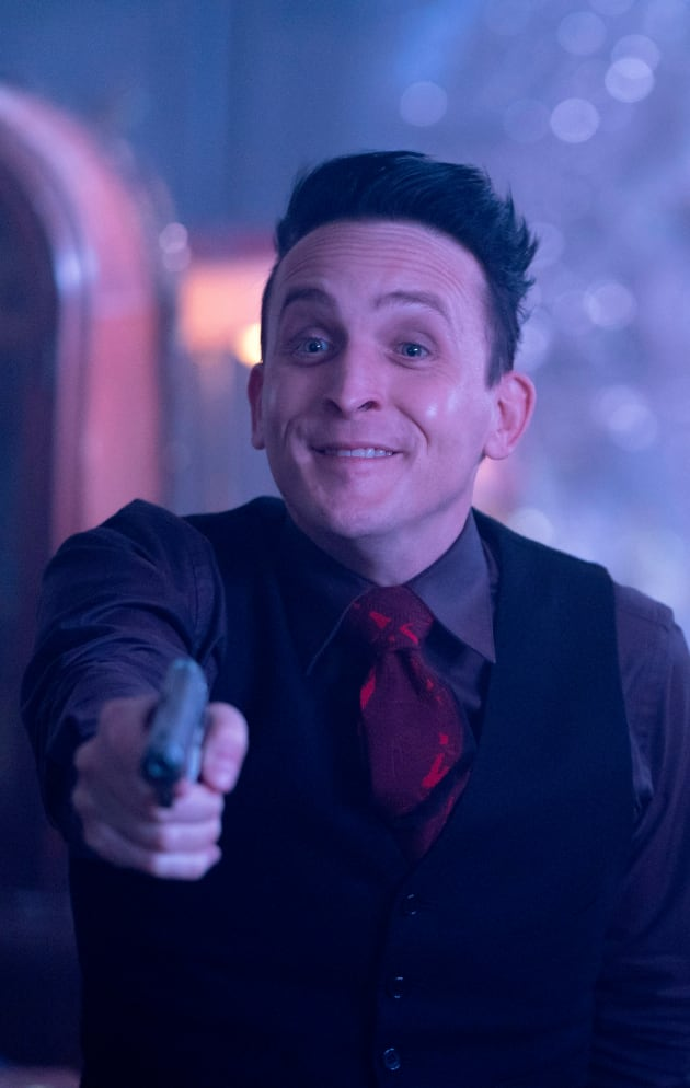 Penguin Seeks Help - Gotham Season 5 Episode 6