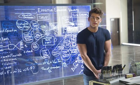 Chase, The Genius - Marvel's Runaways Season 1 Episode 3
