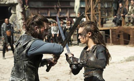 Lexa and Roan Battle - The 100 Season 3 Episode 4