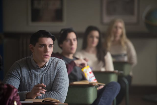 Class In Session - Riverdale Season 1 Episode 9