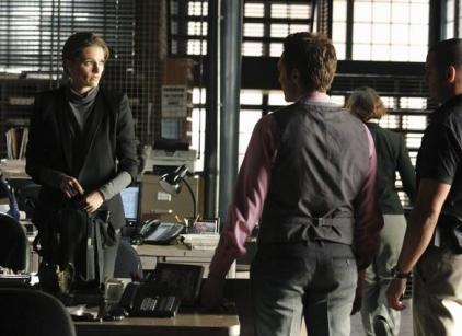 Watch Castle Season 4 Episode 1 Online