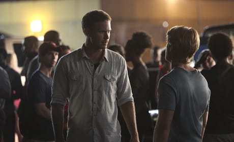 Alaric vs. Luke - The Vampire Diaries Season 6 Episode 1