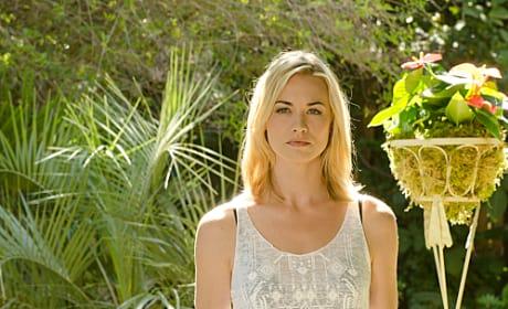 Yvonne Strahovski as Hannah