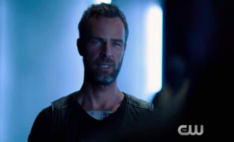 Arrow Season 4 Episode 3 Promo: Double Down