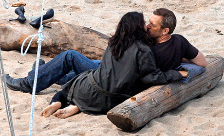 Hot Huddy Action