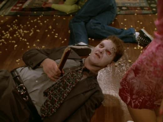 Zombies! - Buffy the Vampire Slayer Season 3 Episode 2
