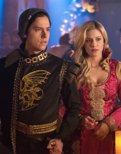 Medieval Wear - Riverdale Season 3 Episode 20