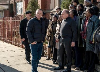 Watch Chicago PD Season 4 Episode 12 Online