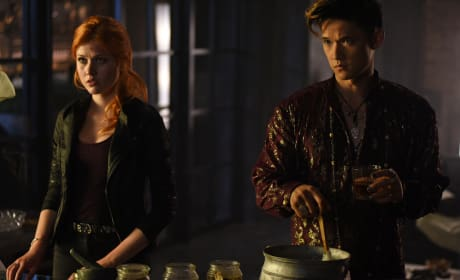 I need a drink - Shadowhunters Season 1 Episode 6