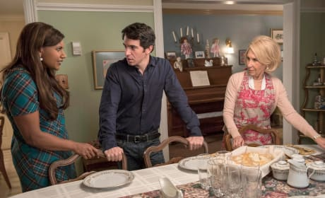 Family Dinner - The Mindy Project
