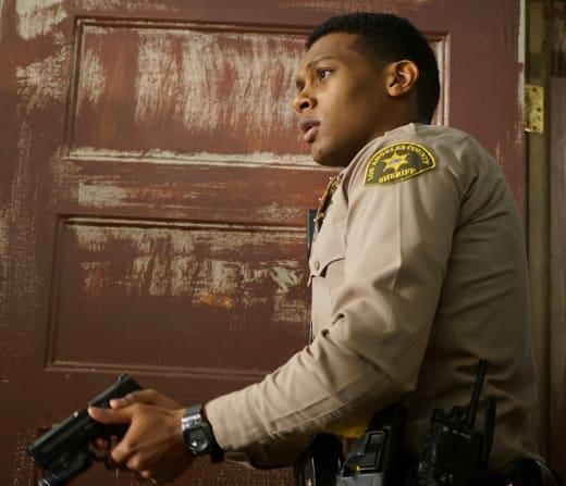 Gun in Hand - Deputy Season 1 Episode 9