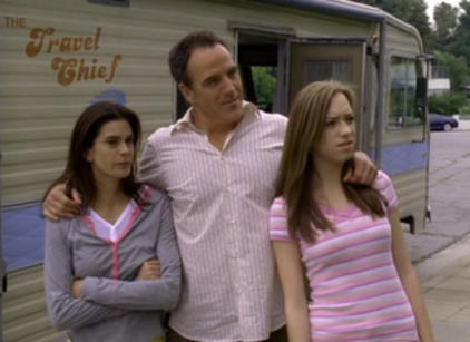 Watch Desperate Housewives Season 2 Episode 23 Online