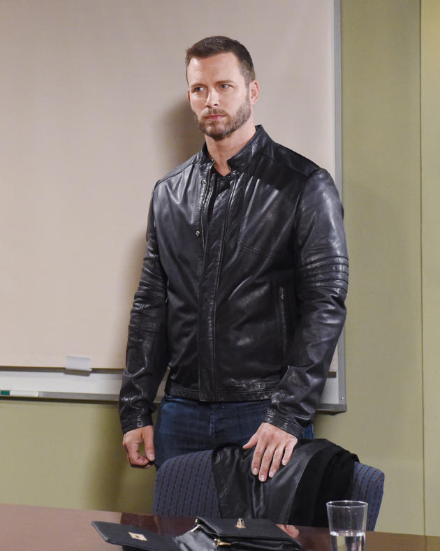 Brady Comes To Rescue Nicole - Days of Our Lives