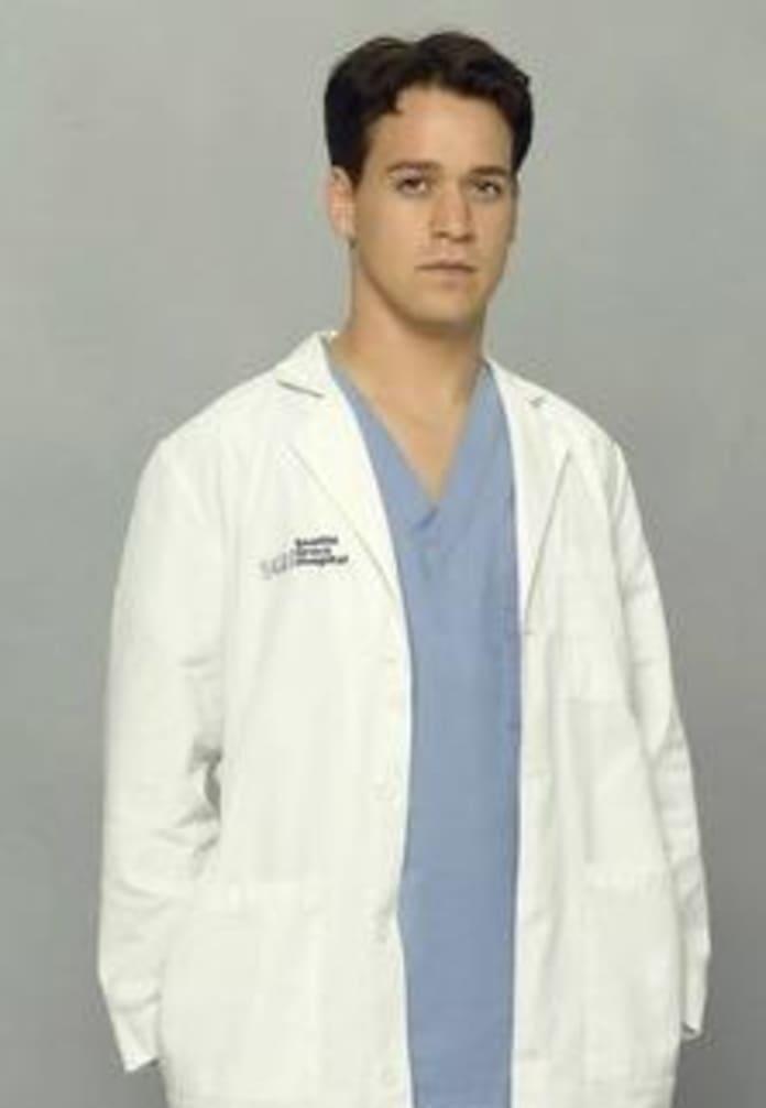 Grey\'s Anatomy Poll: Lexie and Mark? - TV Fanatic