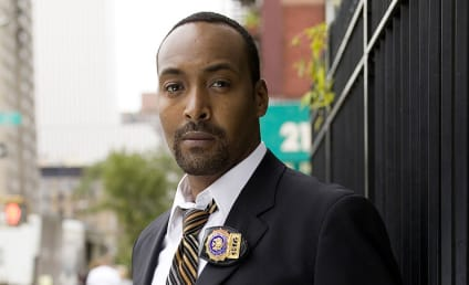 Jesse L. Martin Cast on The Flash Pilot