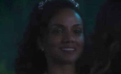 Once Upon a Time Sneak Peek: Meet Princess Tiana!