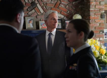 Watch NCIS Season 15 Episode 23 Online