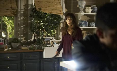 What Are You Doing Here? - Pretty Little Liars Season 7 Episode 9
