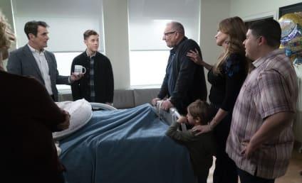 Watch Modern Family Online: Season 10 Episode 22