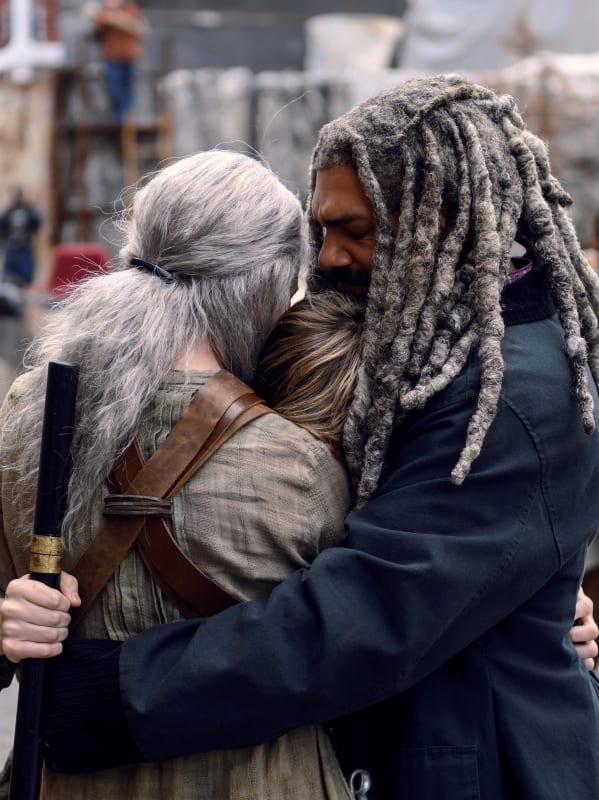 Reunited - The Walking Dead Season 9 Episode 15