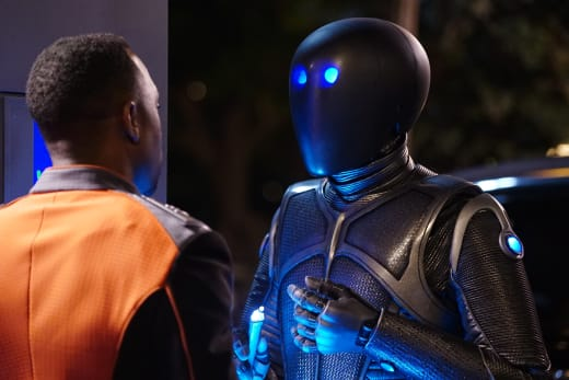 LaMarr and Isaac - The Orville Season 2 Episode 7