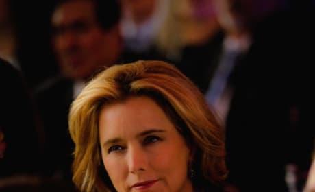 Elizabeth Considers Her Options - Madam Secretary Season 5 Episode 16