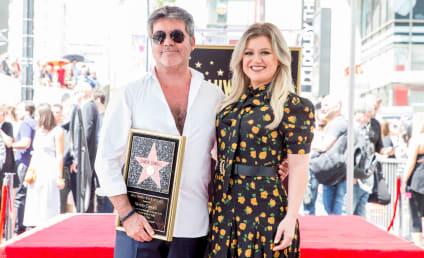 Kelly Clarkson Temporarily Replacing Simon Cowell on America's Got Talent