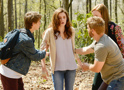 Watch Under the Dome Season 2 Episode 4 Online