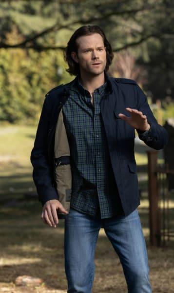 Sam on the Run - Supernatural Season 14 Episode 20