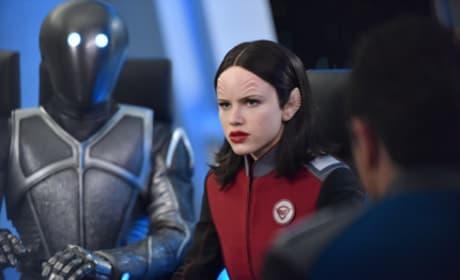 Close up on Kitan - The Orville Season 1 Episode 10