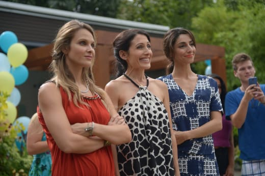 Birthday Drama - Girlfriends' Guide to Divorce