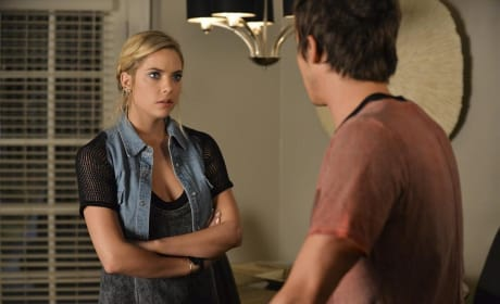 Hanna is Perturbed - Pretty Little Liars Season 5 Episode 16