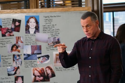 Voight's in Charge - Chicago PD Season 3 Episode 14