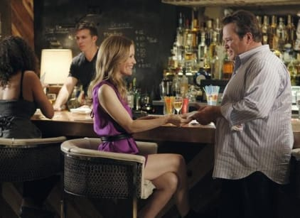 Watch Modern Family Season 3 Episode 7 Online