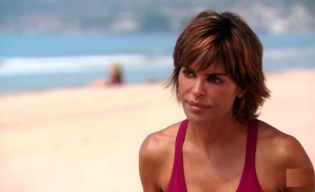 Lisa Rinna Reveal Shocking News - The Real Housewives of Beverly Hills