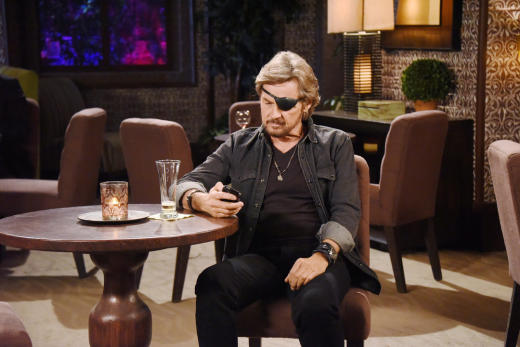 Steve Leave Black Pawn - Days of Our Lives