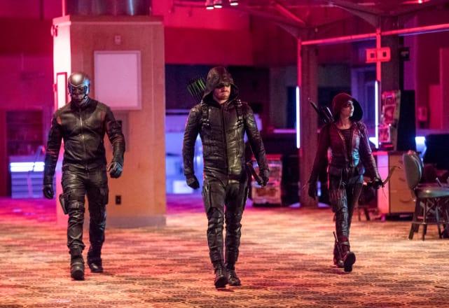 Saving Roy - Arrow Season 6 Episode 15