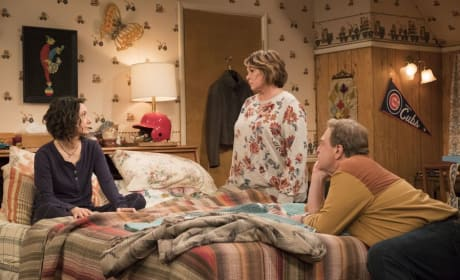 Roseanne, Dan, And Darlene - Roseanne Season 10 Episode 3