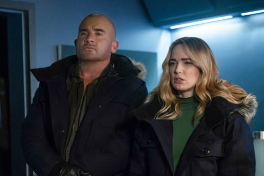 Stepping Up - DC's Legends of Tomorrow