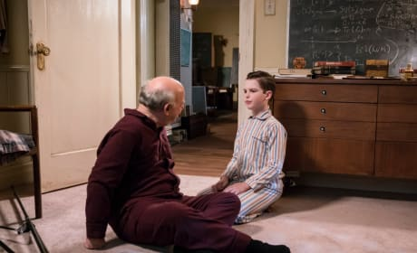 Moving In With Dr. Sturgis - Young Sheldon