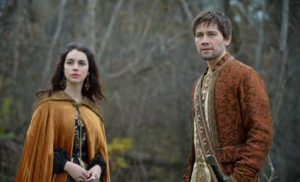 Reign Preview Photos: A Pregnant Surprise
