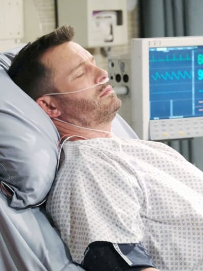 Brady Gets Shot/Tall - Days of Our Lives