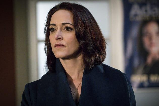 Unwelcome - Arrow Season 4 Episode 12