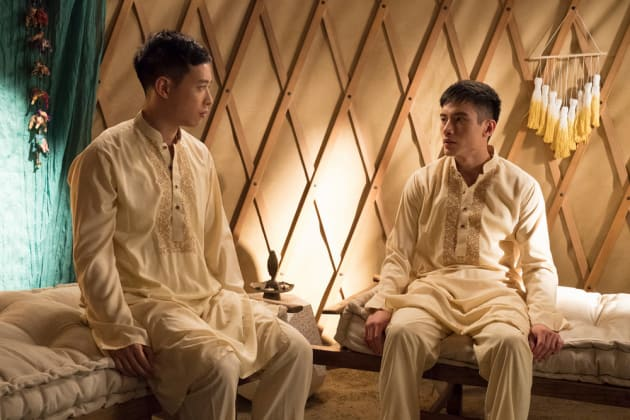 Luang and Jason - The Good Place Season 2 Episode 1
