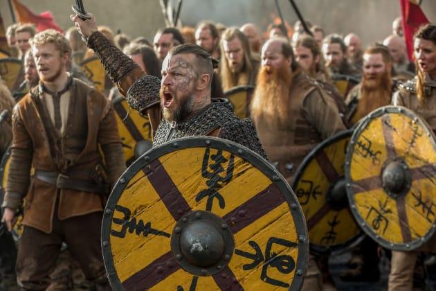 Harald Charges - Vikings Season 5 Episode 15