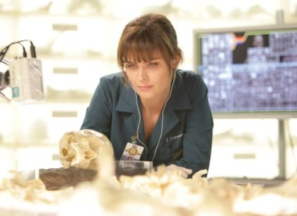 Watch Bones Season 8 Episode 6 Online